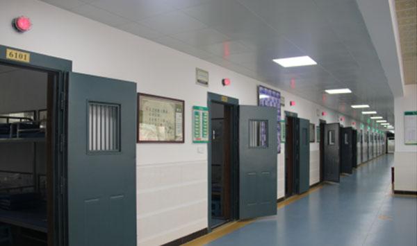 江苏X监狱建设门禁报警系统(220套)